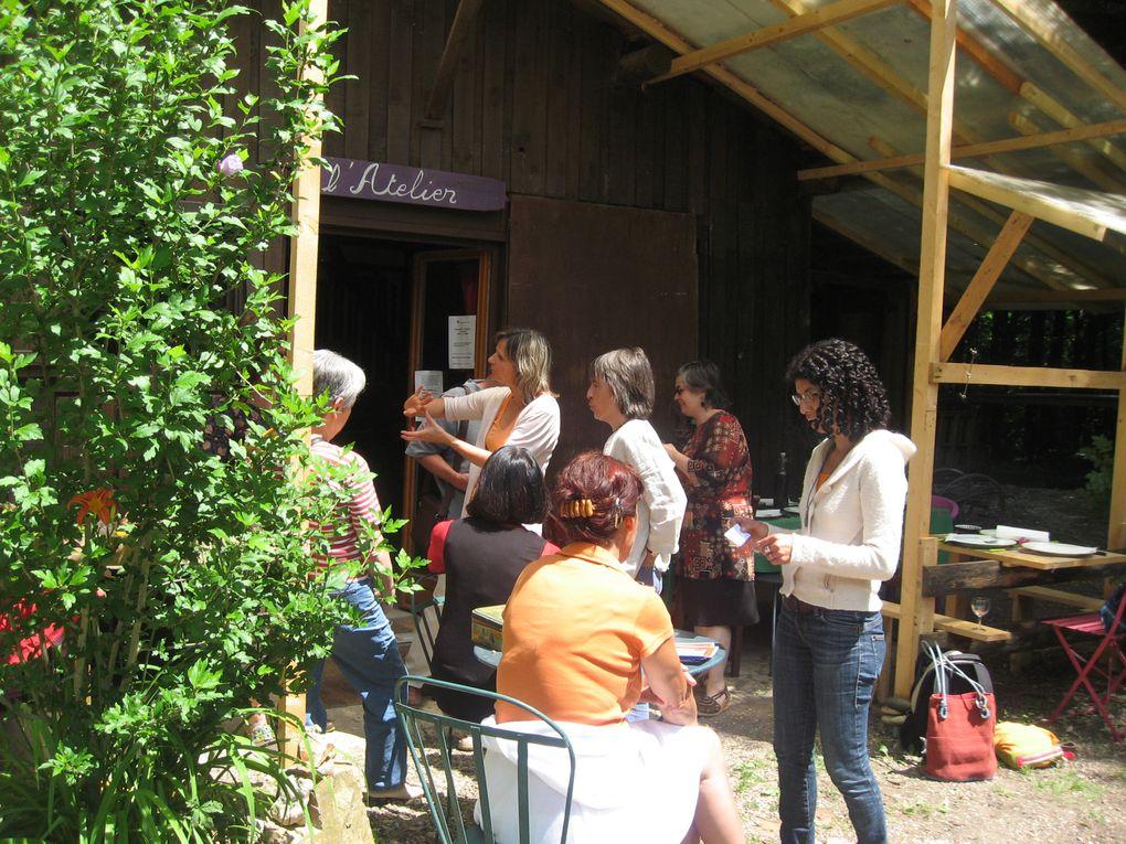 L'association occupe une grande partie de mon temps, fondée il y a 3 ans, dans le but de retrouver une autonomie dans tous les domaines de la vie quotidienne : régulièrement des ateliers de cuisine, couture, botanique.