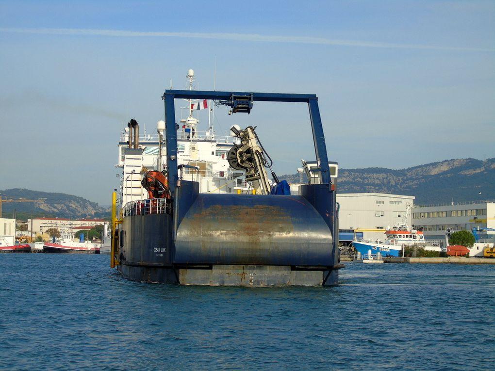 OCEAN LINK , Navire cablier Dannois arrivant à la Seyne sur Mer le 15 novembre 2018
