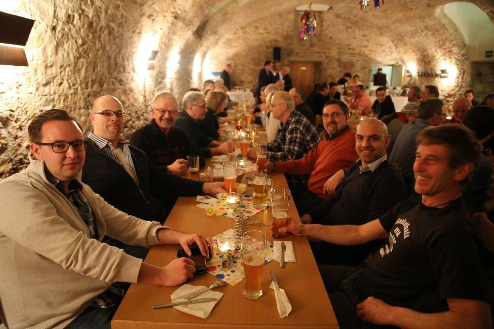 In lockerer Runde fühlten sich alle Gäste sichtlich wohl. Redaktionsleiter Norbert Küber bedankte sich am Ende des offiziellen Teils für das gesamte BR-Team für die tolle Gastfreundschaft der Veitshöchheimer.