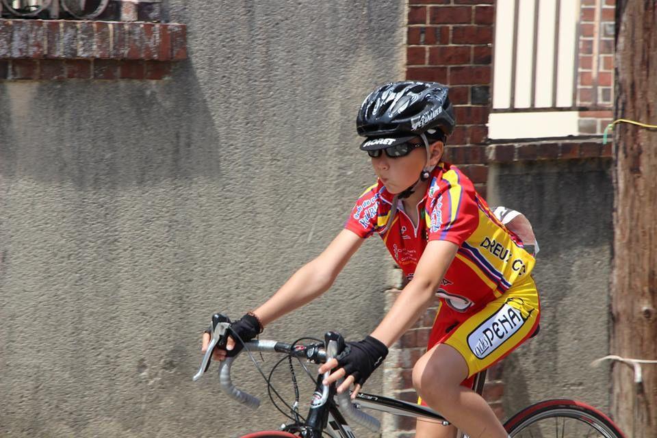 Album photos de la présentation des écoles de cyclisme à l'étape du TEL de Bû