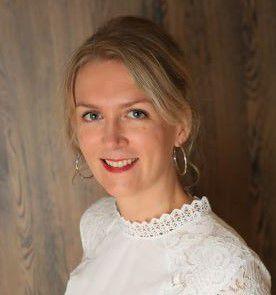 Hélène JUPPIN, réflexologue et conseillère en fleurs de Bach agréée BFRP à Amiens