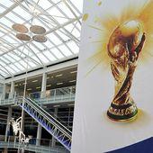 Six pays arabes exigent de priver le Qatar du Mondial 2022 - MOINS de BIENS PLUS de LIENS