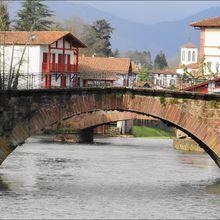 Pont Notre-Dame ou Sainte-Marie de Saint-Jean-Pied-de-Port (Pyrénées-Atlantiques 64) A
