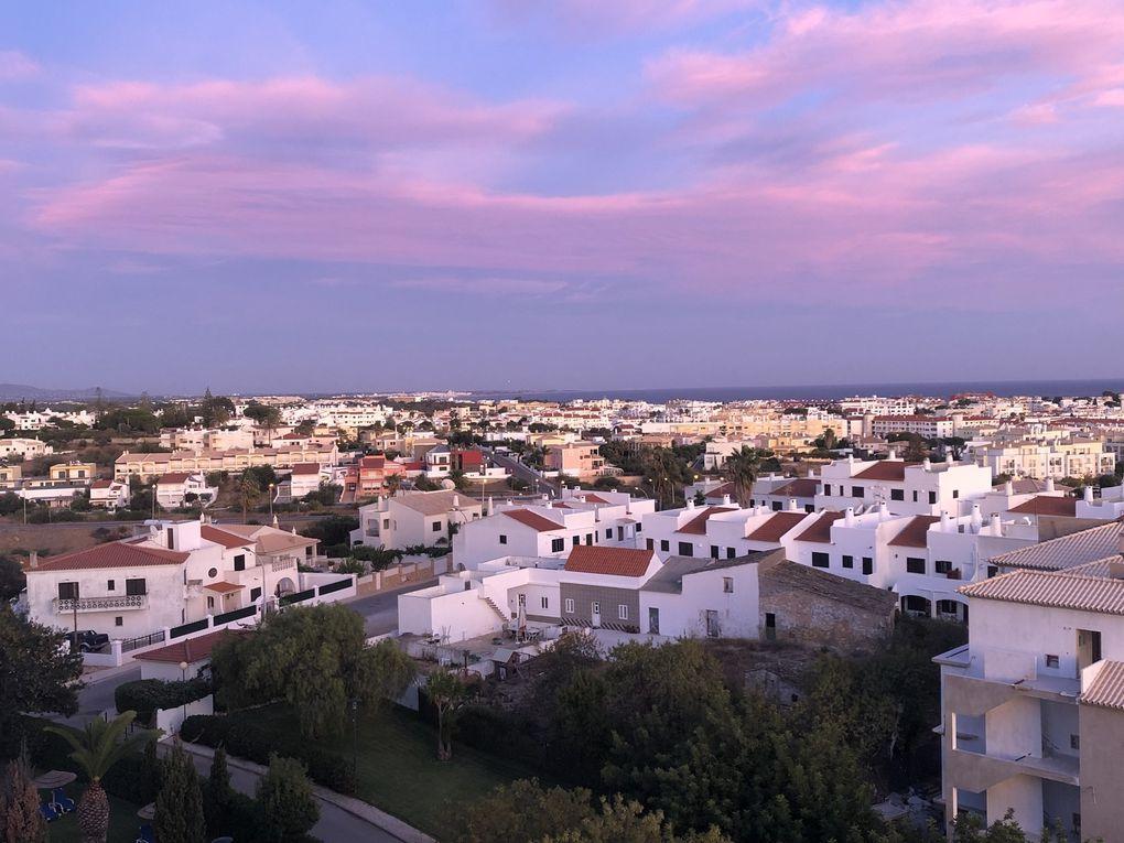 Promenade à Albufeira sud Portugal.
