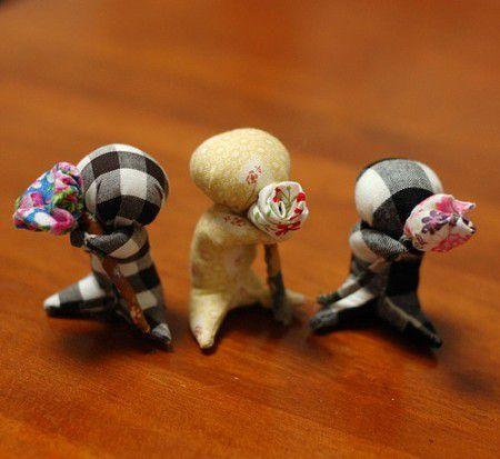 mini poupées amulettes/porte bonheur (japonaises) (tutoriel gratuit - DIY)