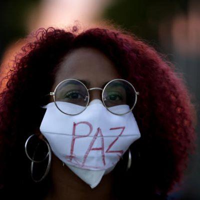 Brazilo : miloj da personoj manifestacias kontraŭ rasismo kaj policaj perfortoj
