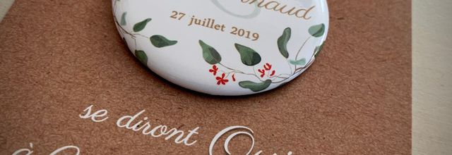 Le STD (save the date) liberty de Marie et Arnaud ... badge magnétique eucalyptus