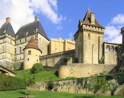 Création vidéo : le château de Biron
