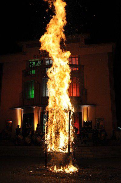 La traditionnelle Fête de la Saint-Jean placée cette année sous le signe de l'Italie.  Photos : P.Dompnier