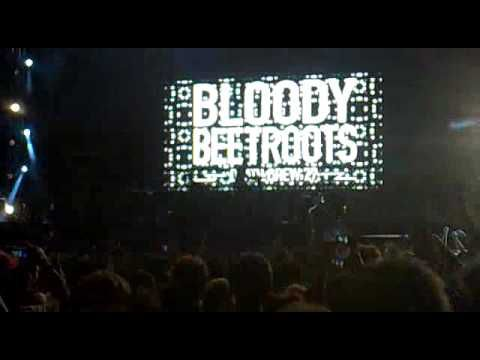 The Bloody Beetroots live @ Electrovenice Festival, Venezia 2010 (◣_◢)