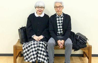 Pareja japonesa casada por 38 años usa atuendos a juego todos los días