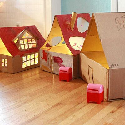 How to build a fun house out of used cardboard boxes?