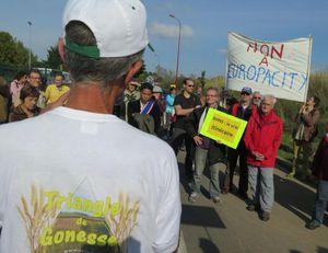 Ils ont manifesté contre le centre commercial EuropaCity à Gonesse
