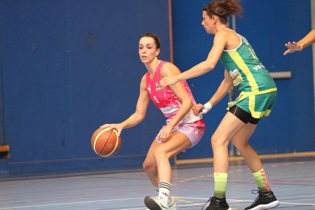 Les basketteuses vénissianes ont souffert pour l'emporter face à Mandelieu-La-Napoule