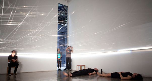 Movement with a rest product- space @ Rose Akras & Rob Visser. 2010. Verbo. photo. Rafael Canas