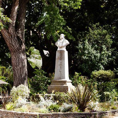 Buste Paul Saïn à Avignon