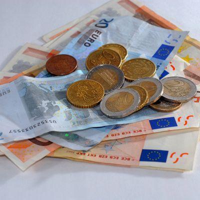 Faire un don à une association (conseils, démarches, avantages fiscaux)