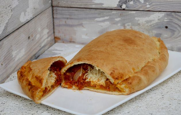 Calzone tomate courgette