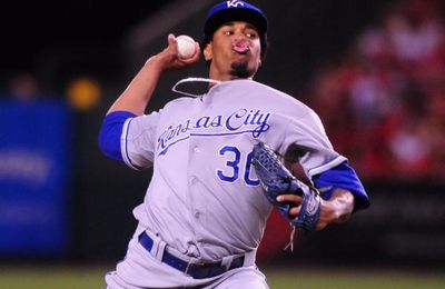 Royals Cruise as They Down Mariners 5-1