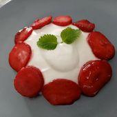 Fraises à la rose, chantilly, fromage blanc de Cyril Lignac dans tous en cuisine - Mes Meilleures Recettes Faciles