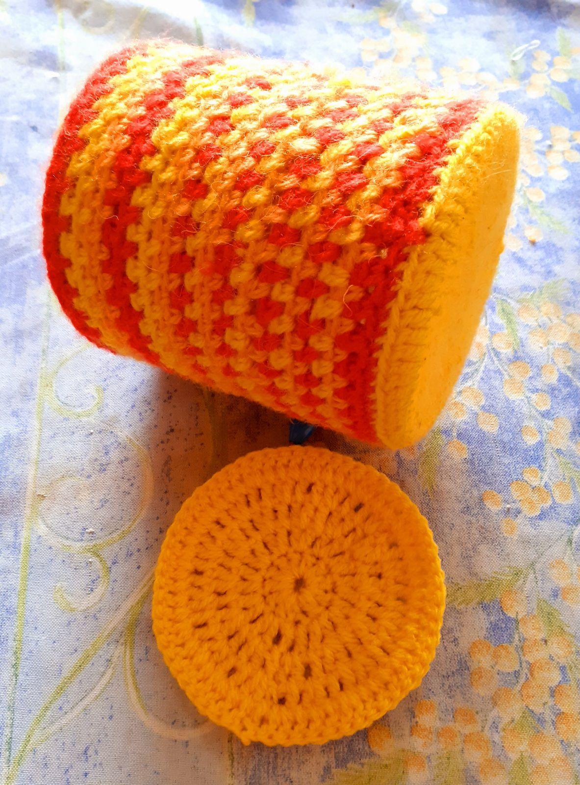 """CROCHET : pot à crayons façon """"tweed"""""""
