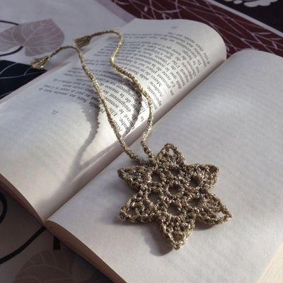 Et si on activait le mode Noël? Avec de petites étoiles au crochet par exemple!