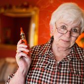 Some Older Smokers Turn to Vaping. That May Not Be a Bad Idea.