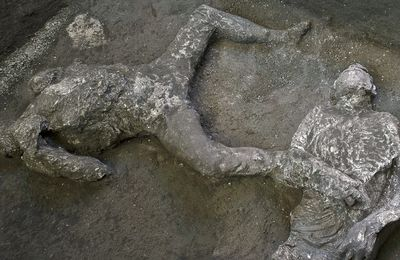 A discovery in Pompeii confirms the date of the eruption of Vesuvius.