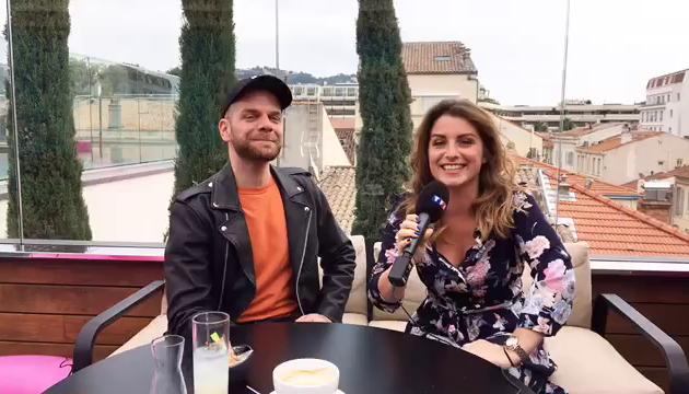 Keen'V était en direct live sur le Facebook de My TF1