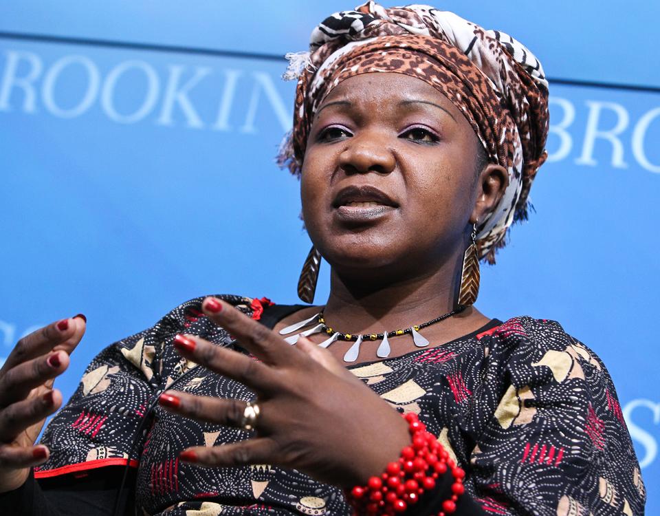 Imágenes con Angeline Murimirwa, Directora Ejecutiva para África de la organización benéfica CAMFED Internacional.- El Muni.