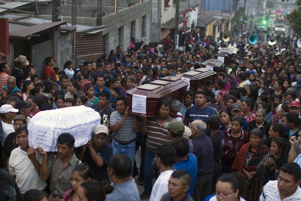 LE JOUR D'APRES - Guatemala, volcan Fuego: 69 morts et le nombre de disparus est inconnu (photos)