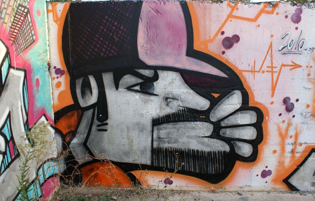 Album - Graffitis-Dept-94-Divers tom 001