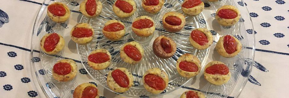 Bouchées de tomate cerise à la moutarde à l'ancienne