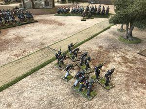 Un front se dessine avec la pries du centre par les troupes du Duc