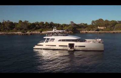 Video - 2.03 Minutes Happiness aboard the New Lagoon Seventy 8