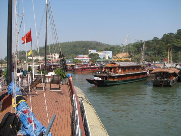 Album - 928-vietnam--ha-long-bay