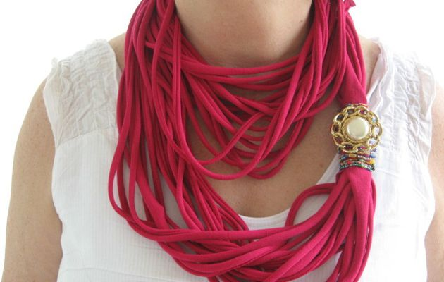 transformation tee-shirt : le collier snoodle
