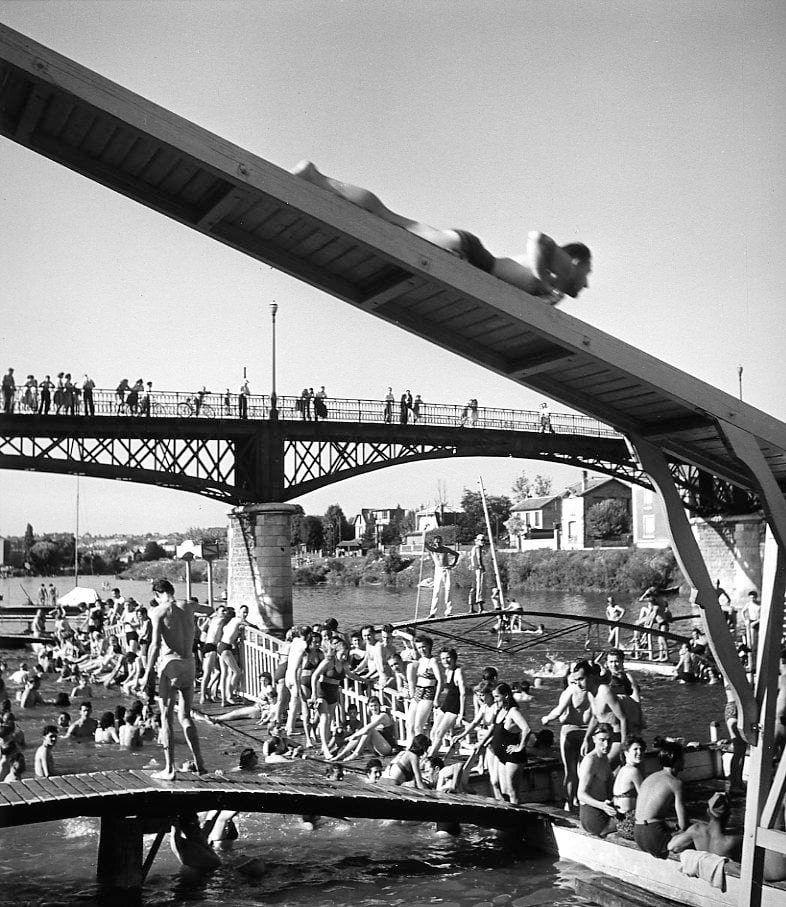 24 juin  Le toboggan de Nogent sur Marne 1945