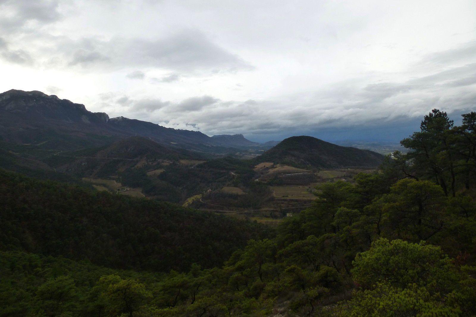 Tour du rocher de Cresta