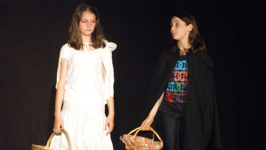 Les jeunes comédiens de Marie-Eve nous ont offert une belle représentation pleine d'humour et de féérie...