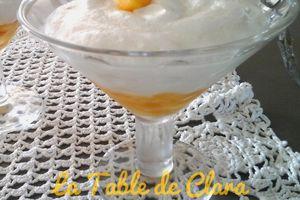 Mousse de fromage blanc sur lit de mangue fraîche