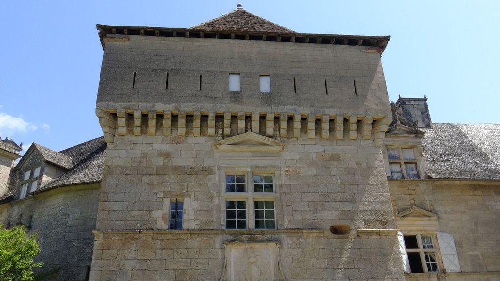 Découvrez le château de Cénevières, Marquisat de Braquilanges dans le Lot