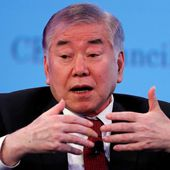 'All-or-nothing' U.S. approach toward North Korea won't work: Moon...