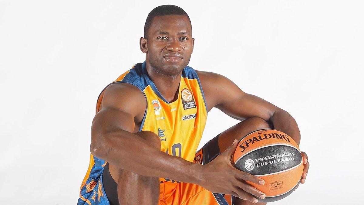 Afrobasket 2015: l'assurance de Romain Sato déjà payée par la Fédération Centrafricaine de Basket-ball?
