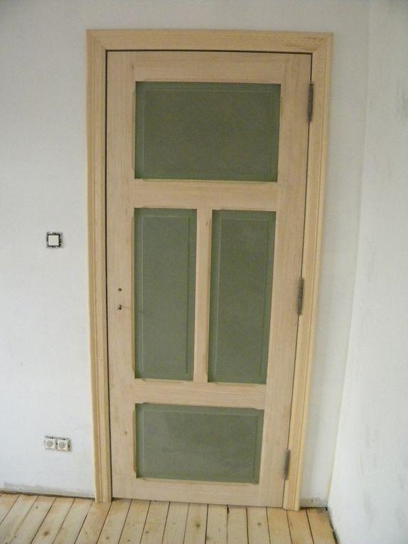 fabrication propre et sur mesure de porte en tilleul et panneaux MDF ou vitrée - finition brute à peindre