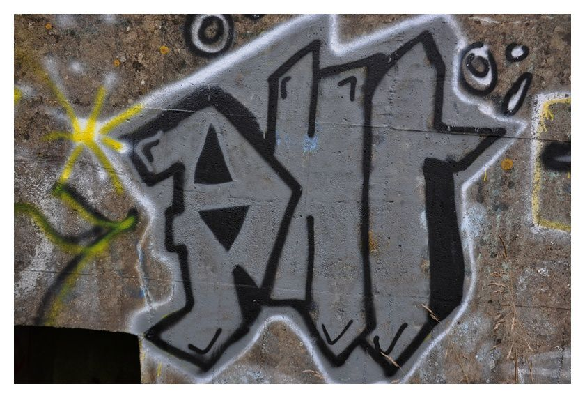 tags, graffitti