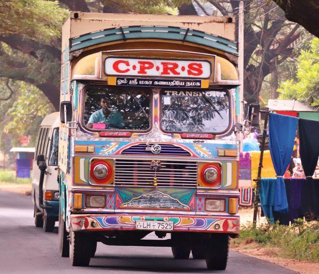 Bus et camions sri lankais