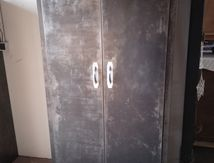 ARMOIRE METAL