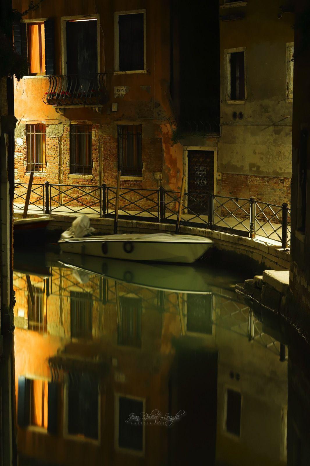 Venezia Serenissima tra Luce e Oscurita 4 - tirage 3/30 et 4/30 Hahnemühle baryté 45X30cm - ©2019 Jean-Robert Longhi Photographie non libre de droits.