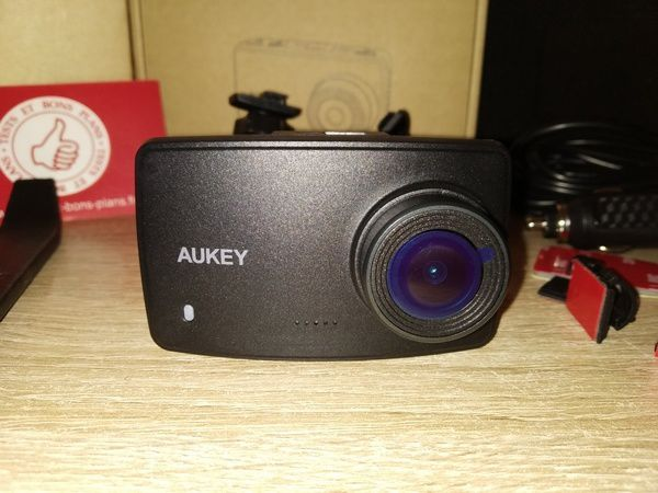 Découverte de la DashCam Full HD grand angle Aukey DRA1 @ Tests et Bons Plans